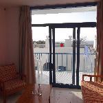 room 512 - sept 11 - lounge