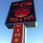 Flyin' Pig Bar-B-Q