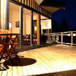 1 Bedroom Cottage decks