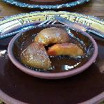 Baked peaches with Jack Daniels sauce