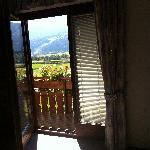 Blick aus dem Zimmer auf die Skipiste
