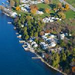 Overhead view of  Angel Rock Waterfront Cottages