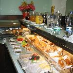 K&K Elisabeta breakfast buffet
