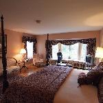 Mary Sage Room