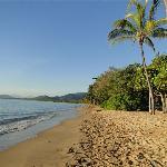 .der Strand vor dem Hotel...