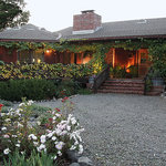 Old Crocker Inn sits atop a hill overlooking the Sonoma Wine Country