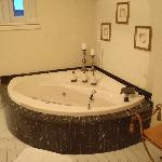 I stayed in the William Buell Suite. I just about died when I saw this tub.