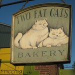 two fat cats......sweet tooth satisfaction!