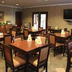 Quality Inn Temecula Q Corner Cafe Breakfast