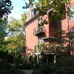 The wonderful courtyard garden