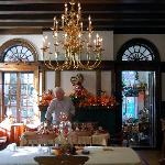 Federal Crest Dining Room Decorated For Fall