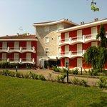 킹 로즈 호텔
