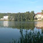 Blick vom Hotel über den See zum Kurhaus