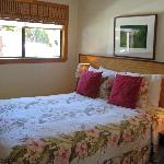 Manini bedroom