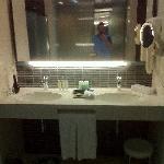 Executive Sea View Suite Bathroom