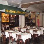 Trattoria Reggiano resmi