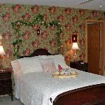 Champagne & Roses Suite Bedroom
