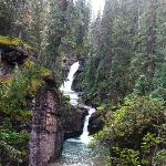 Hike up South Mineral falls