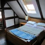 room 10 (36122815)