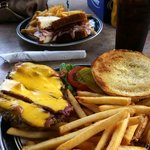 Bacon/Cheese Burger w/Fries