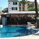 Pool to Hotel via Eatery
