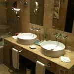 En-Suite Bathroom (In Main Hotel)