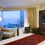 Premier Harbour View room with King sized bed - JW Marriott Hotel Hong Kong