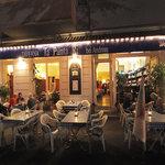 Abendliches Tavernenflair