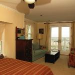 The Atlantic (3.2) with its spectacular view of the Atlantic. Suite with two Queen Bed