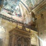 puerta de entrada y organo