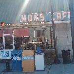 Store front of Mom's