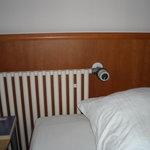 Heizköperregler im Bett