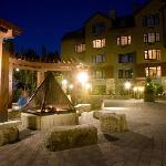 Courtyard with Firepit
