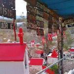 Difunta Correa  ,placas de vehiculos como ofrenda