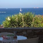 In procinto di fare colazione sul nostro balconcino!