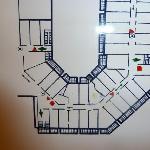 """Zimmerplan (unser Zimmer mit gelbem Punkt (restliche Zimmer sind alles """"normale Zimmer"""""""