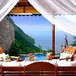 Hilltop Dream Suite with pool