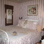 victoriana room