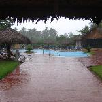 2ème piscine sous la pluie