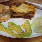Weekly special of lasagne with garlic toast