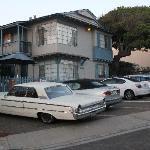 Playa Del Norte Street mit alten Häusern