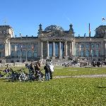 Vor dem Bundestag im Reichestag
