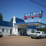 ‪Blue & White Restaurant‬