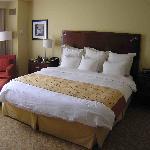 Bedroom 1002