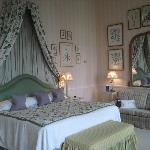 Evelyn & Crabtree room.