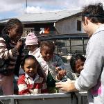 Kinder auf einem Truck