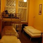 Habitación cuadruple (hotel) con baño privado