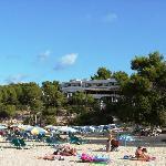 Apartamentos Portinatx vom Strand aus