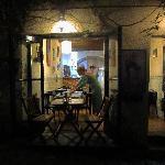 Restaurante desde fuera. Restaurant outside.