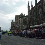 The queue before entrance
